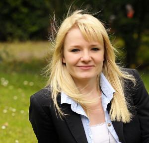 Anna: Diplom-Finanzwirtin am Finanzamt Ostholstein