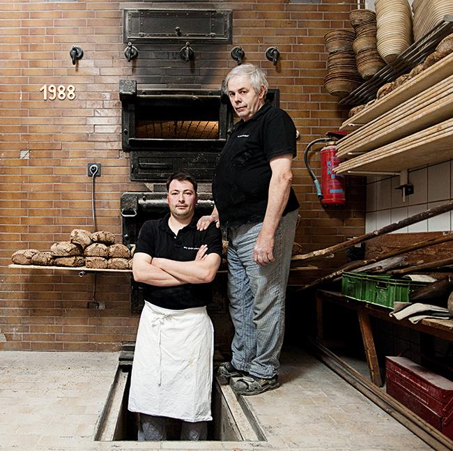 Brotreiche Künstler: Andreas Vorbeck und sein Vater, echte Holzofenbäcker aus Leidenschaft