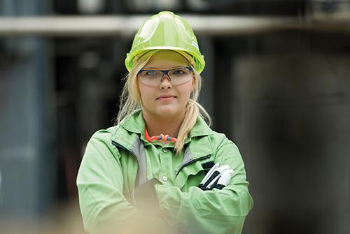 FRAU KANN – Mit Kim und Franziska durch die Raffinerie Heide