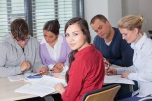 Dual studieren an der Hamburger Fern-Hochschule