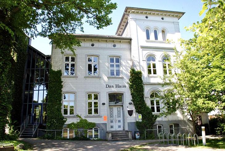"""""""Das Haus"""" in Eckernförde: Der Jugendtreff ist eine kreative Stätte (Foto: Stadt Eckernförde)."""