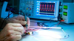 Berufsbild: Elektroniker/-in