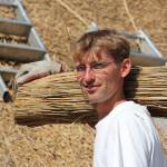Alexander: Ausbildung zum Dachdecker Reetdachtechnik bei der Dachdeckerei Backens