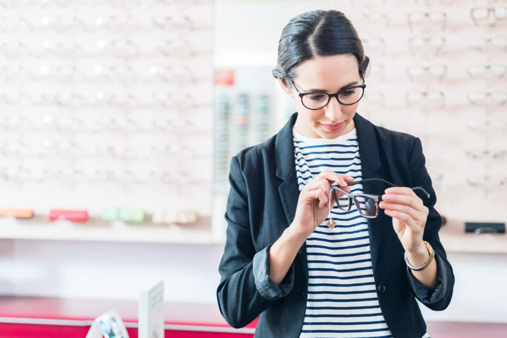 Berufsbild Augenoptiker/in