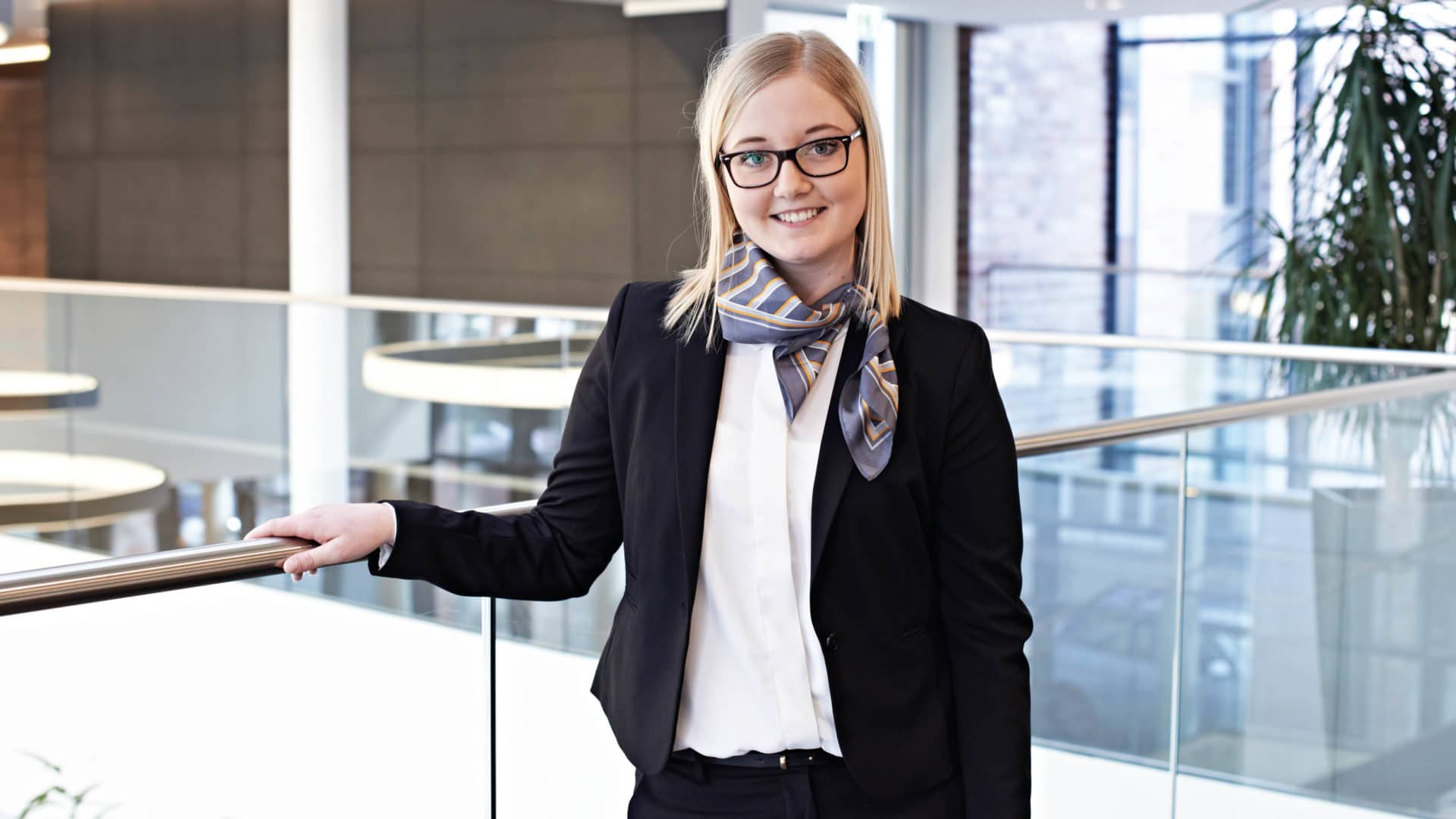 Julia: Ist im 1. Studienjahr Duales Studium BA Banking and Finance