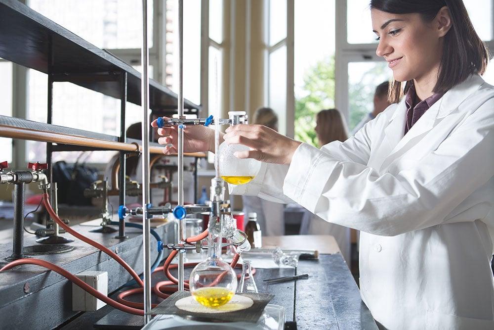 Ausbildung zum/zur Chemielaborant/in