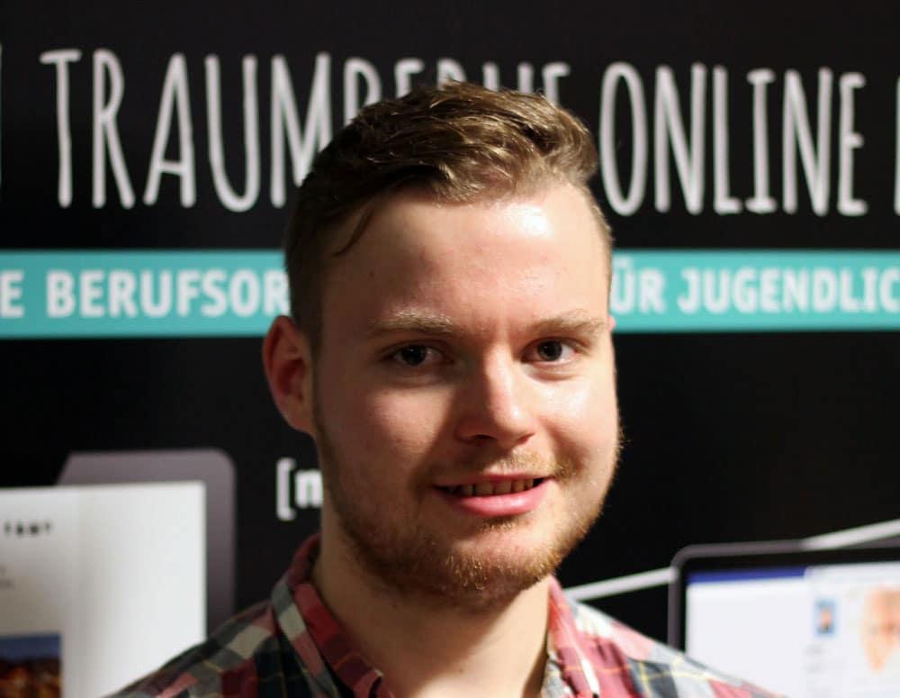 Portraitfoto Niklas Nissen am ME2BE-Stand