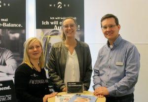 Nadja von ME2BE mit den Organisatoren Sandra Jasper und Klaus Leißner