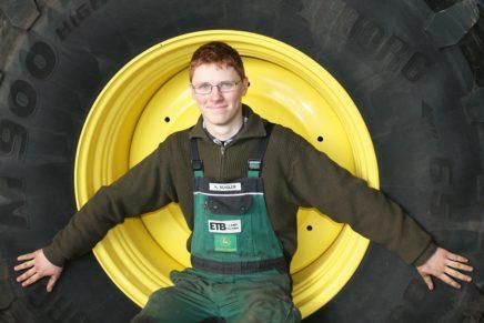 Marten: Wird Land- und Baumaschinenmechatroniker bei der ETB Landtechnik GmbH&Co. KG