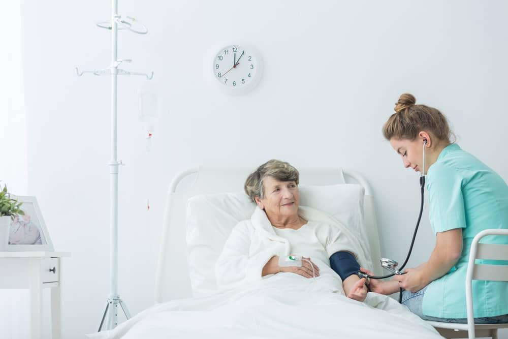 Berufsbild Atenpflegehelfer/in