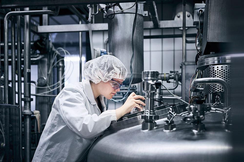 Milchtechnologin bei DuPont Danisco