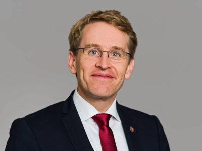 Portrait von Ministerpräsident Daniel Günther