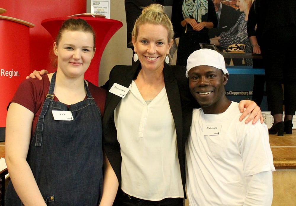 Lea-Sophie Mertens, Christin Heinz und Cheikhouna Toure-Sarr