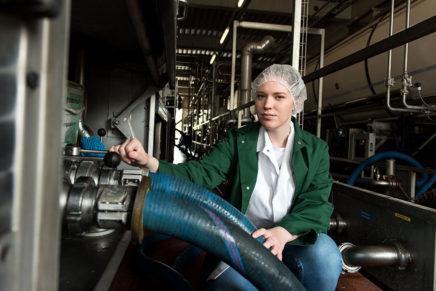 Alina: Wird Milchtechnologin bei der Osterhusumer Meierei eG in Witzwort