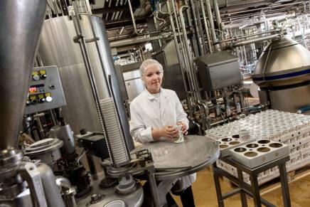 Merle: Wird Milchtechnologin bei der Osterhusumer Meierei eG in Witzwort