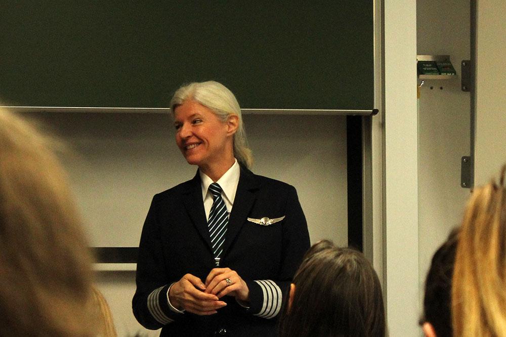 Verkehrspilotin und Flugkapitänin Andrea Kastelic