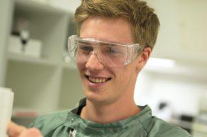 Jonah: Wird Pharmakant bei der Ferring GmbH