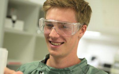 Jonah wird Pharmakant beid er Ferring GmbH