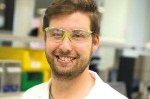 Jonas: Wird Chemielaborant bei der Ferring GmbH