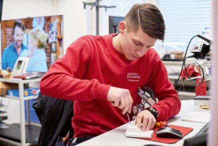 Breitgefächerte Ausbildung bei der Firma Elektro Bollmann GmbH