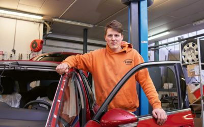 Martin wird KFZ-Mechatroniker bei Auto Schwerdtfeger