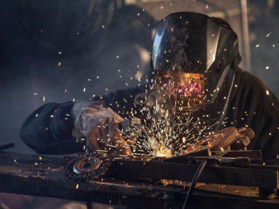 Form und Funktion in Metall