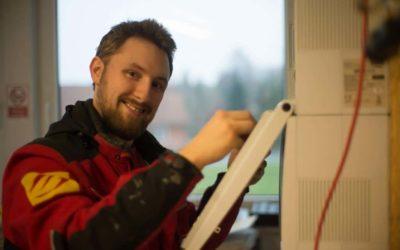 Hannes ist Azubi bei der Bernd Ickert Elektroanlagen GmbH