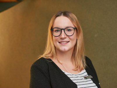 Katrin studiert Allgemeine Verwaltung