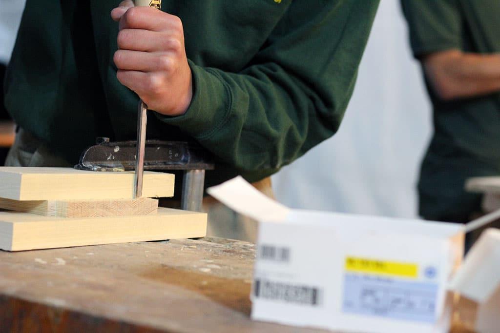 Arbeit mit Holz