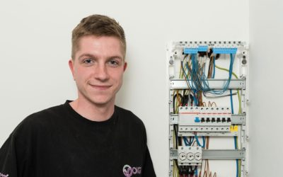 Lennard wird Elektroniker