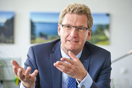 """Wirtschaftsminister Bernd Buchholz: """"Tourismus muss um Fachkräfte werben"""""""