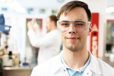 Wolf:  Chemielaborant bei Covestro AG