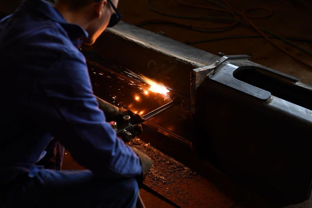 Bei uns passt alles zusammen! – Feinwerkmechaniker bei der Jaster Hydraulik Maschinenbau GmbH