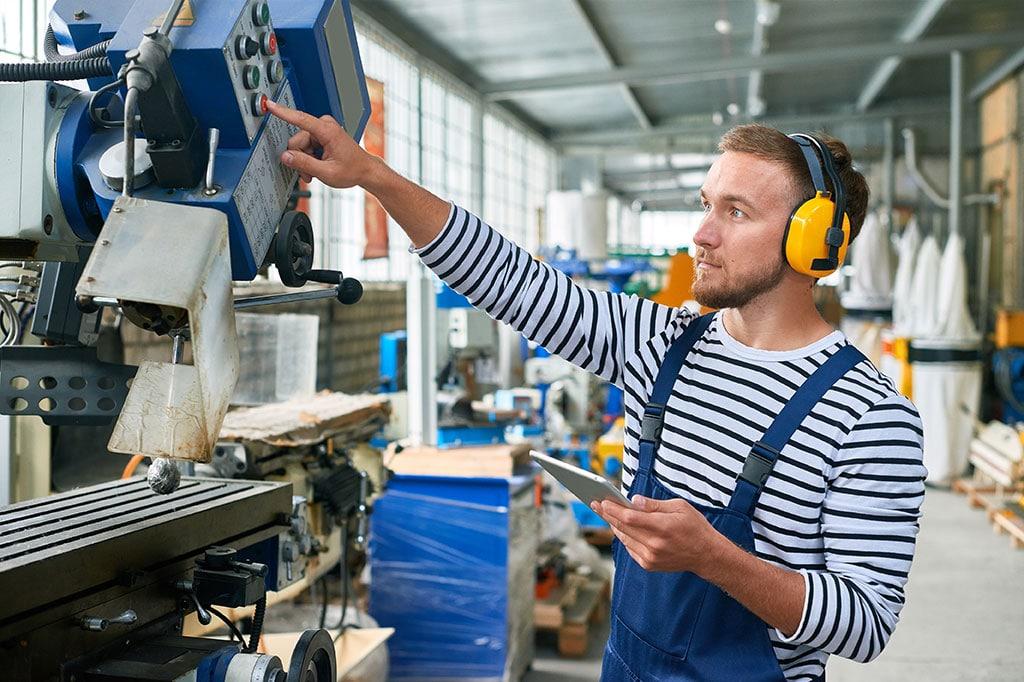 Digitalisierung im Handwerk Handarbeit