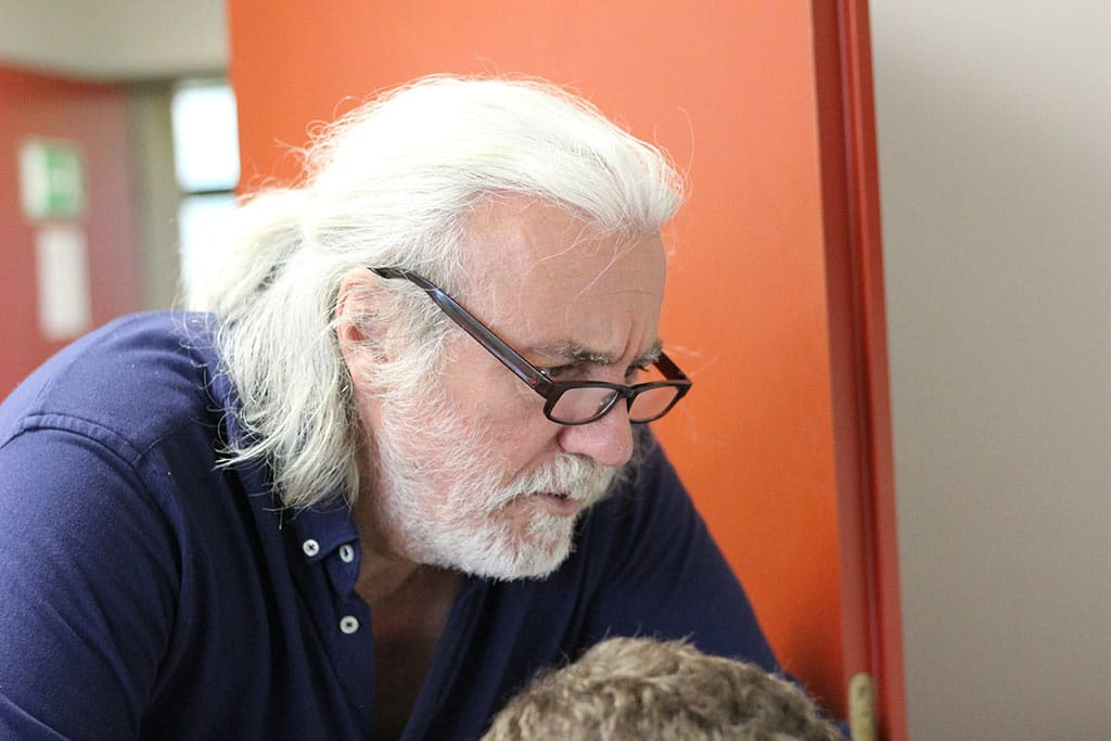 Henning Tiedemann unterrichtet in der Flexklasse