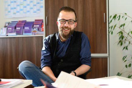 """""""Wofür schlägt dein Herz?"""" – Interview mit Studienberater Marc Laatzke"""