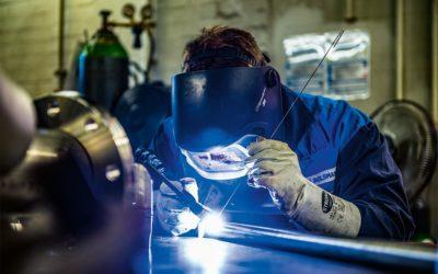 Henrik wird Industriemechaniker beim AZV.