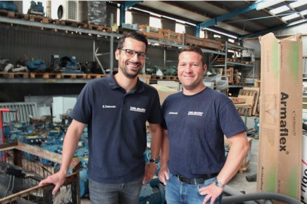 Jan und Stefan Delewski führen zusammen mit ihrer Mutter das Unternehmen.