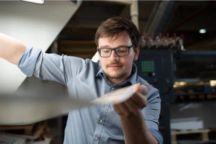 Sergej: 3. Ausbildungsjahr zum Drucker (Medientechnologe Druck) bei der CPI Clausen & Bosse GmbH
