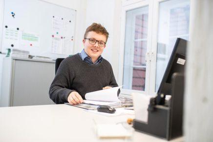 Simon: 1. Ausbildungsjahr zum Verwaltungsfachangestellten bei der Stadtverwaltung Eutin