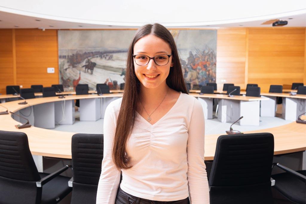 Amelie: 1. Ausbildungsjahr zur Verwaltungsfachangestellten bei der Kreisverwaltung Dithmarschen