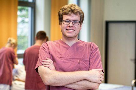 Jan: Gesundheits- und Krankenpfleger beim Städtischen Krankenhauses Kiel
