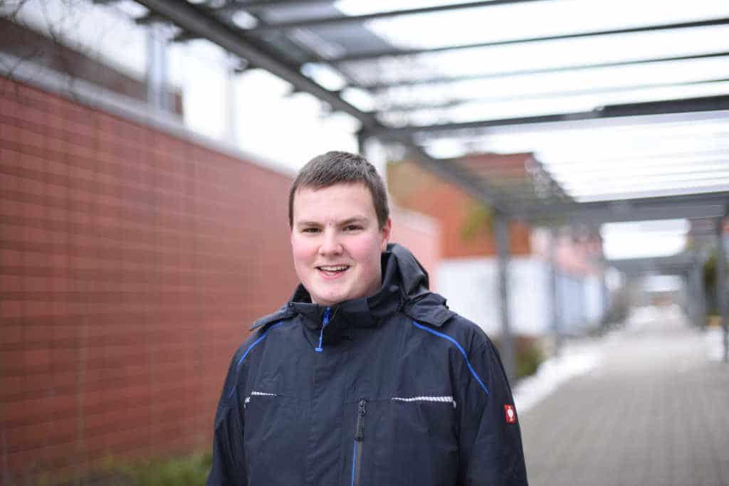 Mirko, Schülersprecher der Isarnwohld-Schule