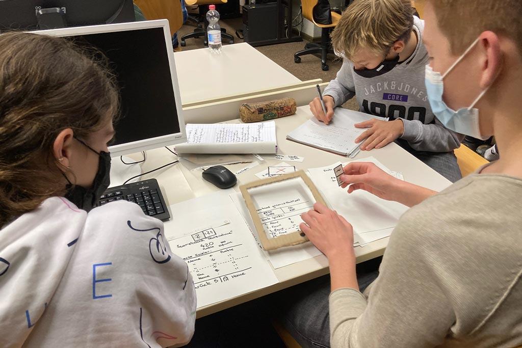 Flensburger Schulprojekt: Warum Informatikunterricht mehr ist als Programmieren