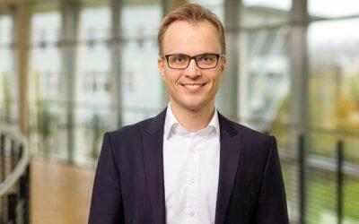Allgemeingut KI - Warum sich an der Hochschule Flensburg fast alles um künstliche Intelligenz dreht