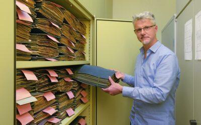 Professor Ober vom Kieler Herbarium